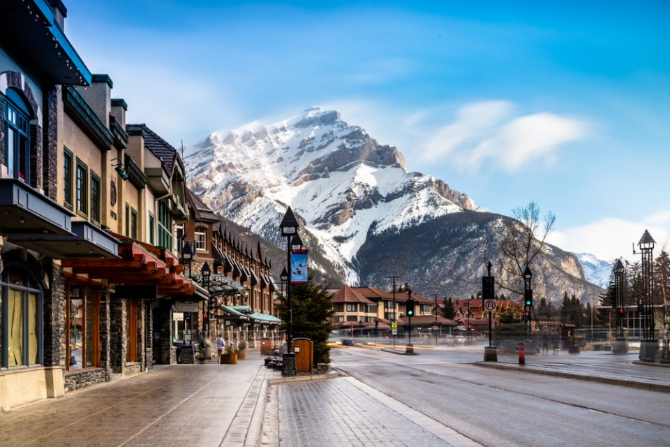 Canadá: Becas Para Pregrado en Licenciatura en cualquier materia que ofrece la universidad Universidad de Alberta