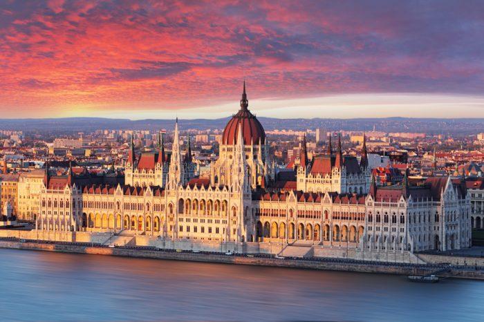 Hungría: Becas Para Pregrado en Cualquier curso de asignaturas ofrecido por la universidad IBS International Business School Budapest