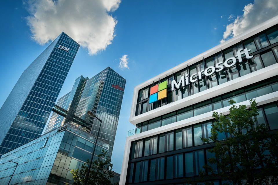 Internacional: Becas Para Pregrado y Posgrado en Cualquier curso de asignaturas en Ciencias de la Computación Microsoft